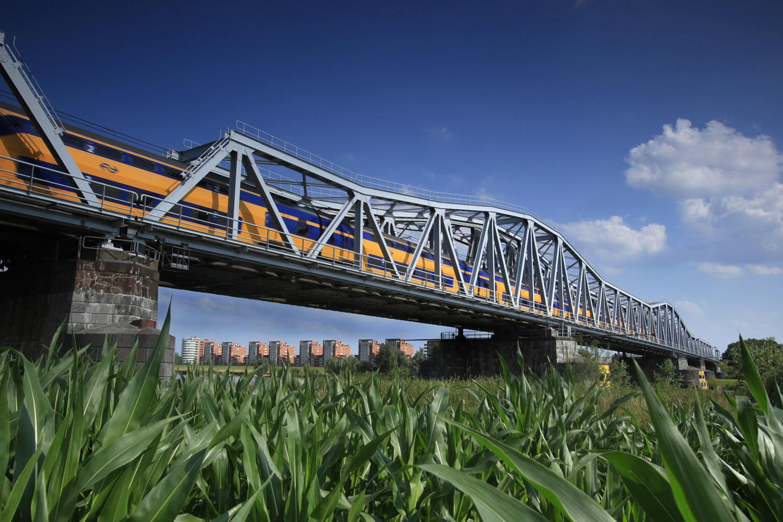 spoorbrug Den Bosch Maaspoort (c) Bart Coolen