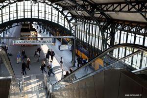 DenBosch-s-Hertogenbosch-fotografie-station-perron.JPG