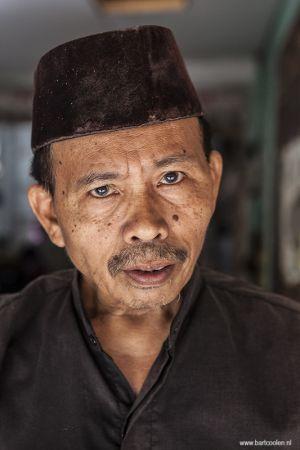 Indonesia-Bogor-portrait-man.jpg