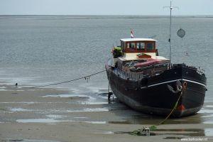 Terschelling-schip-boot-strand-getijde-eb-vloed-wadlopen-c14.jpg