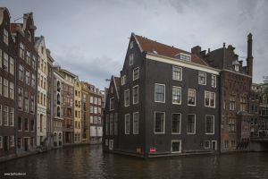 amsterdam-canals-old-city-centre-grachten.jpg